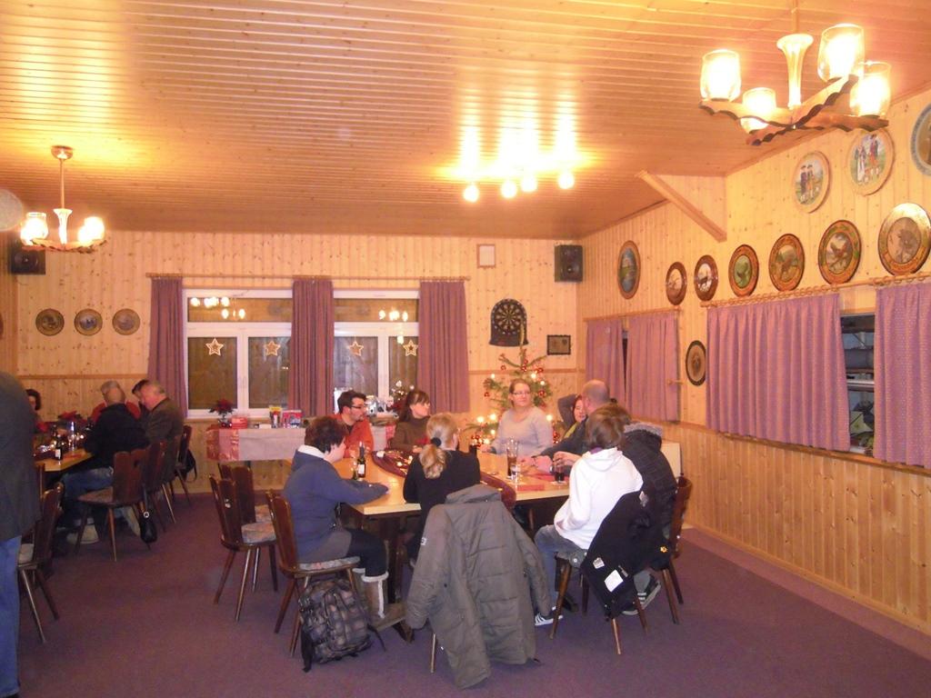 weihnachtsfeier2011 029