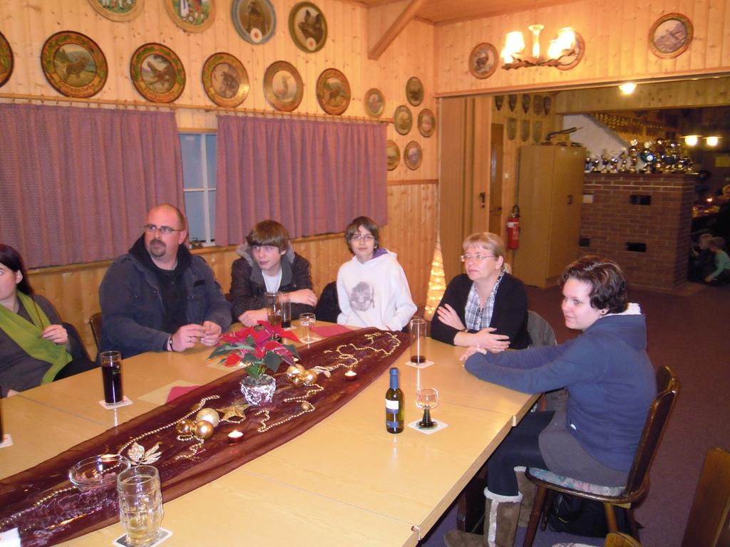 weihnachtsfeier2011 035