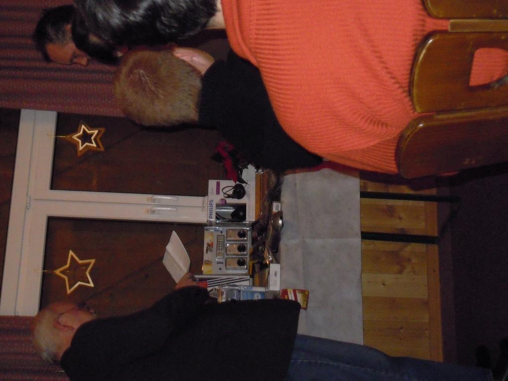 weihnachtsfeier2011 047